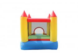 castello gonfiabile con piscina