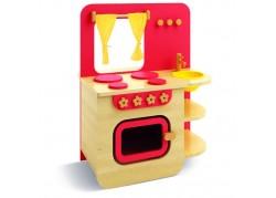 Cucina con forno e finestra